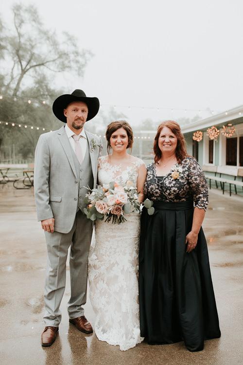 Heather & Drew - Married - Nathaniel Jensen Photography - Omaha Nebraska Wedding Photograper - Falconwood Park - Bellevue Nebraska-338.jpg