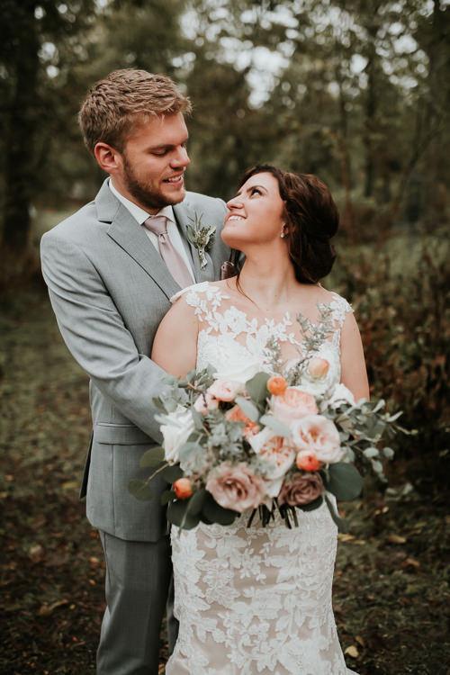 Heather & Drew - Married - Nathaniel Jensen Photography - Omaha Nebraska Wedding Photograper - Falconwood Park - Bellevue Nebraska-404.jpg