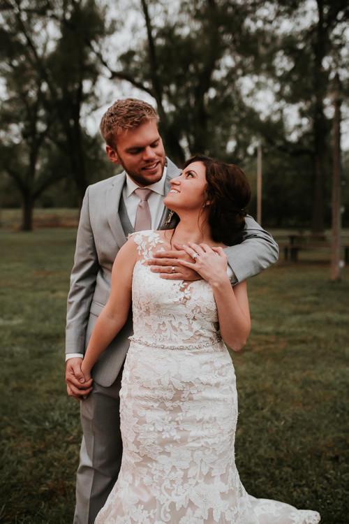Heather & Drew - Married - Nathaniel Jensen Photography - Omaha Nebraska Wedding Photograper - Falconwood Park - Bellevue Nebraska-428.jpg