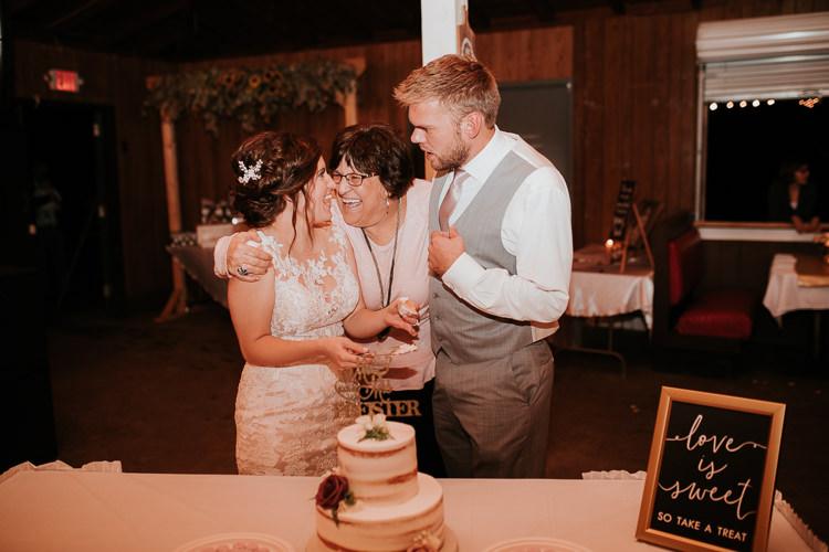Heather & Drew - Married - Nathaniel Jensen Photography - Omaha Nebraska Wedding Photograper - Falconwood Park - Bellevue Nebraska-494.jpg