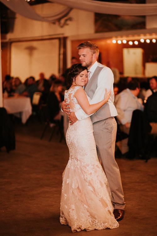 Heather & Drew - Married - Nathaniel Jensen Photography - Omaha Nebraska Wedding Photograper - Falconwood Park - Bellevue Nebraska-510.jpg