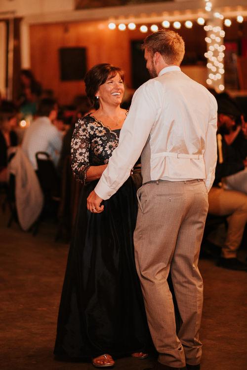 Heather & Drew - Married - Nathaniel Jensen Photography - Omaha Nebraska Wedding Photograper - Falconwood Park - Bellevue Nebraska-513.jpg