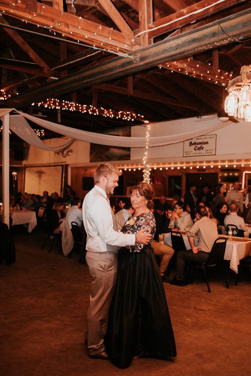 Heather & Drew - Married - Nathaniel Jensen Photography - Omaha Nebraska Wedding Photograper - Falconwood Park - Bellevue Nebraska-514.jpg
