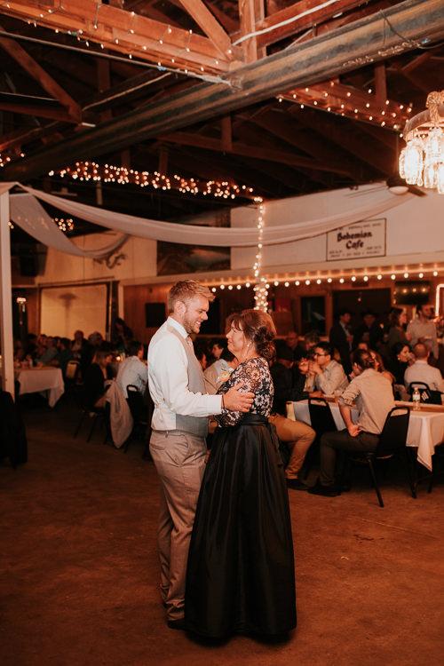 Heather & Drew - Married - Nathaniel Jensen Photography - Omaha Nebraska Wedding Photograper - Falconwood Park - Bellevue Nebraska-515.jpg