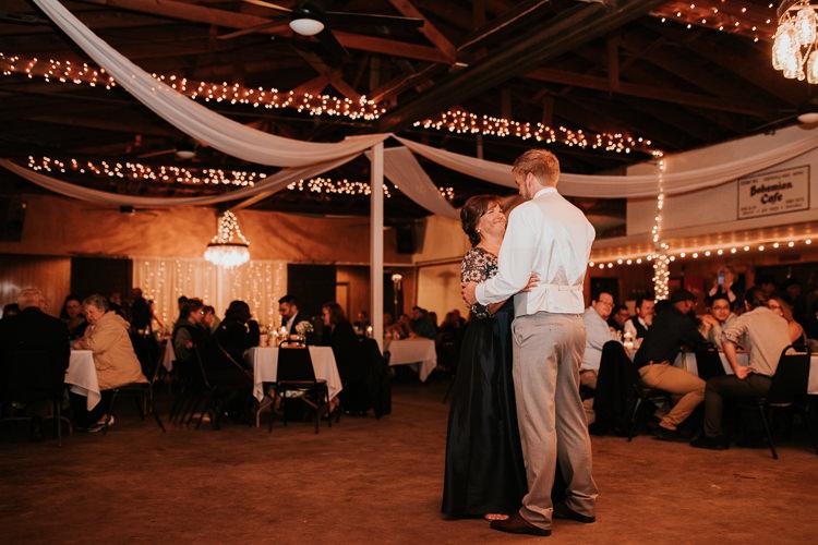 Heather & Drew - Married - Nathaniel Jensen Photography - Omaha Nebraska Wedding Photograper - Falconwood Park - Bellevue Nebraska-516.jpg