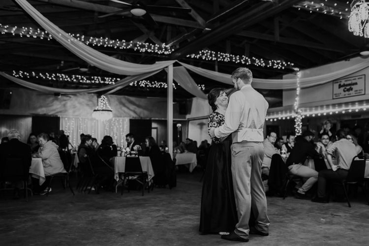 Heather & Drew - Married - Nathaniel Jensen Photography - Omaha Nebraska Wedding Photograper - Falconwood Park - Bellevue Nebraska-517.jpg
