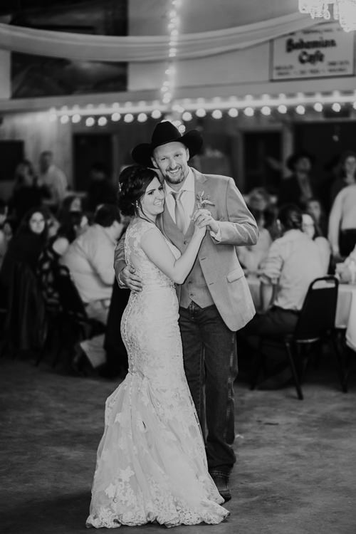 Heather & Drew - Married - Nathaniel Jensen Photography - Omaha Nebraska Wedding Photograper - Falconwood Park - Bellevue Nebraska-523.jpg