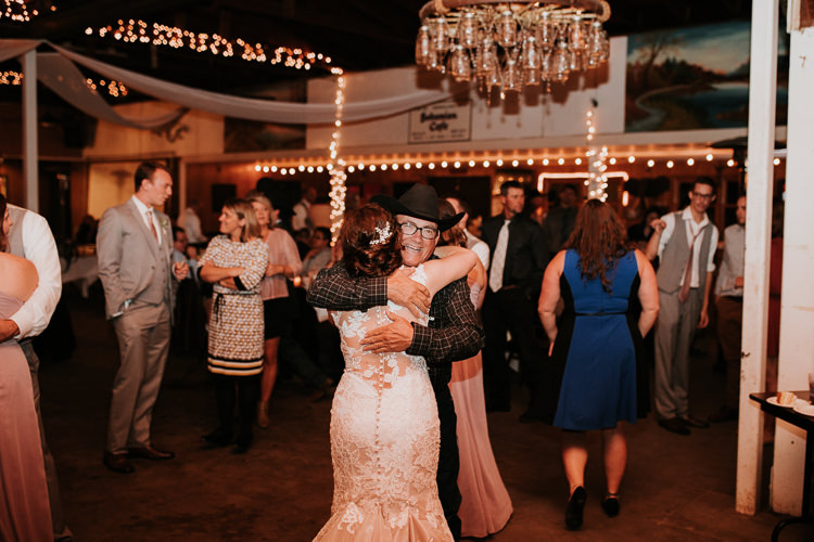 Heather & Drew - Married - Nathaniel Jensen Photography - Omaha Nebraska Wedding Photograper - Falconwood Park - Bellevue Nebraska-552.jpg