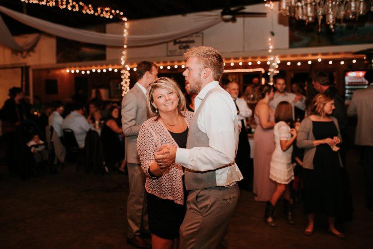 Heather & Drew - Married - Nathaniel Jensen Photography - Omaha Nebraska Wedding Photograper - Falconwood Park - Bellevue Nebraska-557.jpg