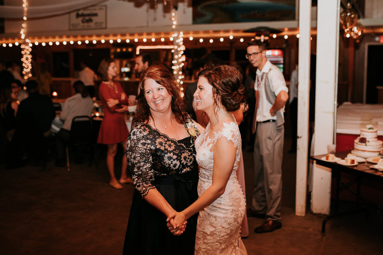 Heather & Drew - Married - Nathaniel Jensen Photography - Omaha Nebraska Wedding Photograper - Falconwood Park - Bellevue Nebraska-561.jpg