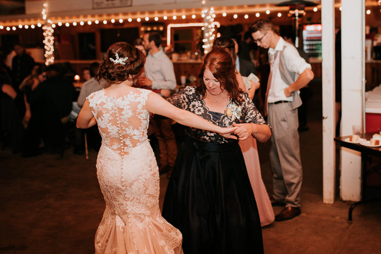 Heather & Drew - Married - Nathaniel Jensen Photography - Omaha Nebraska Wedding Photograper - Falconwood Park - Bellevue Nebraska-562.jpg
