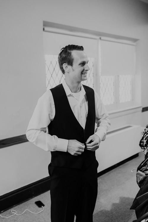 Samantha & Christian - Married - Nathaniel Jensen Photography - Omaha Nebraska Wedding Photograper - Anthony's Steakhouse - Memorial Park-77.jpg