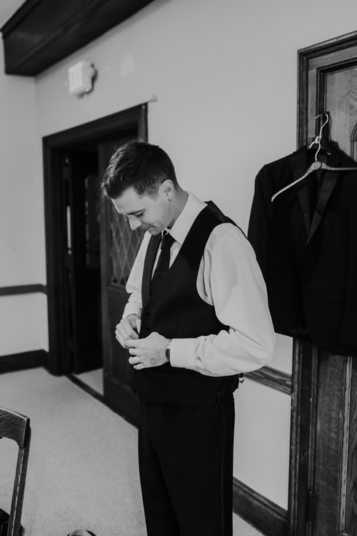 Samantha & Christian - Married - Nathaniel Jensen Photography - Omaha Nebraska Wedding Photograper - Anthony's Steakhouse - Memorial Park-78.jpg