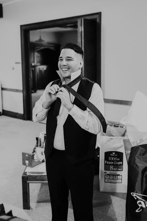 Samantha & Christian - Married - Nathaniel Jensen Photography - Omaha Nebraska Wedding Photograper - Anthony's Steakhouse - Memorial Park-79.jpg