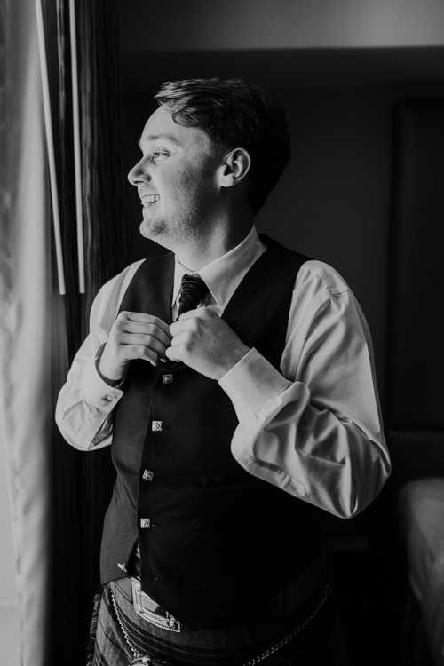 Sydney & Thomas - Married - Nathaniel Jensen Photography - Omaha Nebraska Wedding Photograper - Joslyn Castle - Founders One Nine - Hotel Deco-64.jpg