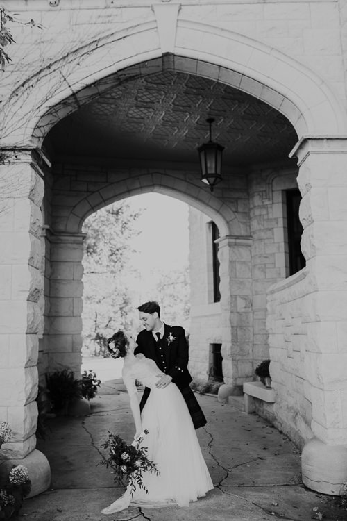 Sydney & Thomas - Married - Nathaniel Jensen Photography - Omaha Nebraska Wedding Photograper - Joslyn Castle - Founders One Nine - Hotel Deco-364.jpg