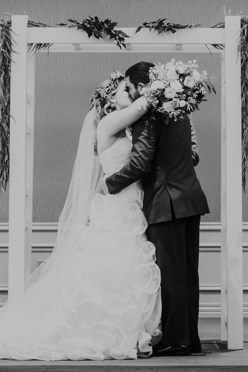 Jemma & Kurt - Married - Nathaniel Jensen Photography - Omaha Nebraska Wedding Photograper - Thompson Alumni Center - Elmwood Park-413.jpg