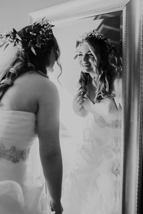 Jemma & Kurt - Married - Nathaniel Jensen Photography - Omaha Nebraska Wedding Photograper - Thompson Alumni Center - Elmwood Park-142.jpg