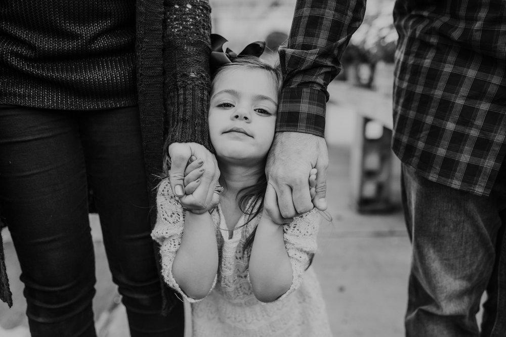 The Muckey Family - 2018 - Nathaniel Jensen Photography - Omaha Nebraska Wedding Photograper - Omaha Nebraska - Mulhall's Family Photography Session-38.jpg