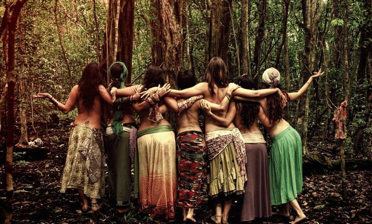 2019 Forecast - 2019 is getting us ready for the epic changes of January 2020. Together we'll explore this year's key astrological trends, the kinds of changes to expect, and how we can use these to evolve our consciousness and embrace the arrival of the Divine Feminine, creating a new world community.