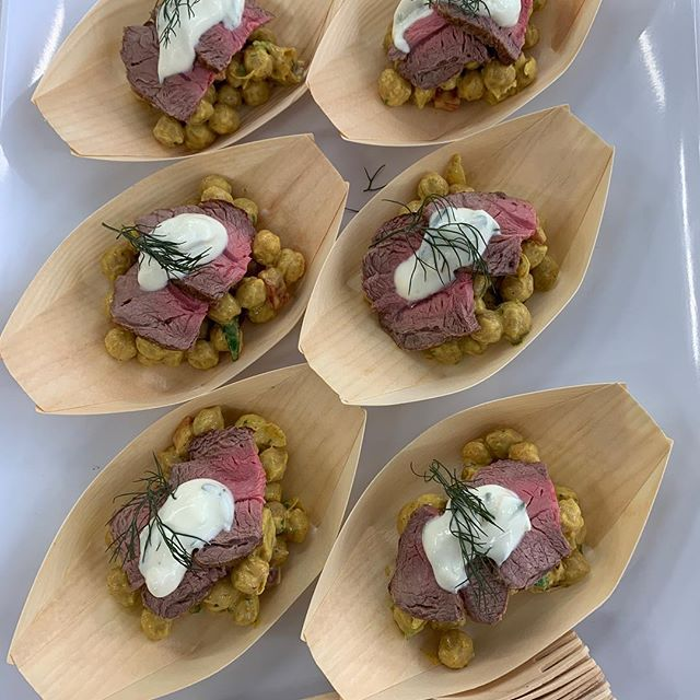 Seared lamb on curried chickpea salad. Just Dvine #function #catering #party #fingerfood #canapes #tasteofthewhitsundays #cheflife #yum #curry #spicy