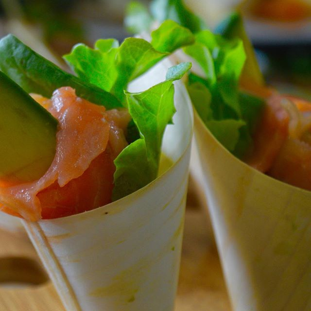 Sugarcane cured Atlantic salmon, petite avocado salad cones #catering #functions #airliebeachwedding #airliebeachweddingexpo #foodporn #yum #fresh #canapes #lovewhitsundays #madewithlove