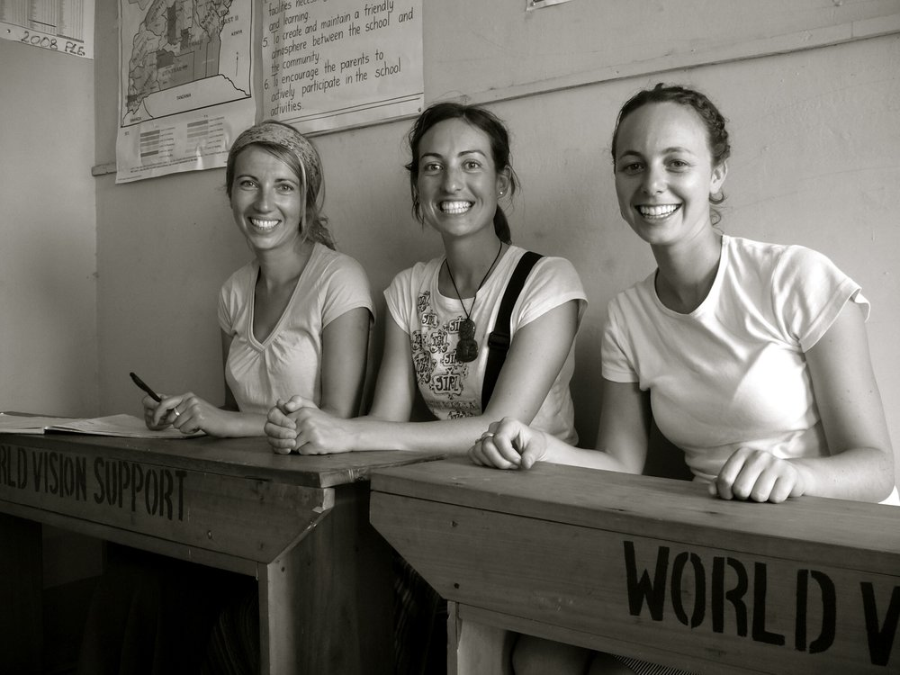 The 'Kiwi Girls' - Emma, Cherie and Kirsty in 2009