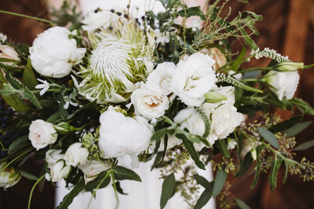 Floral Design   Furrow Floral Company    Photography  Sanford Creative