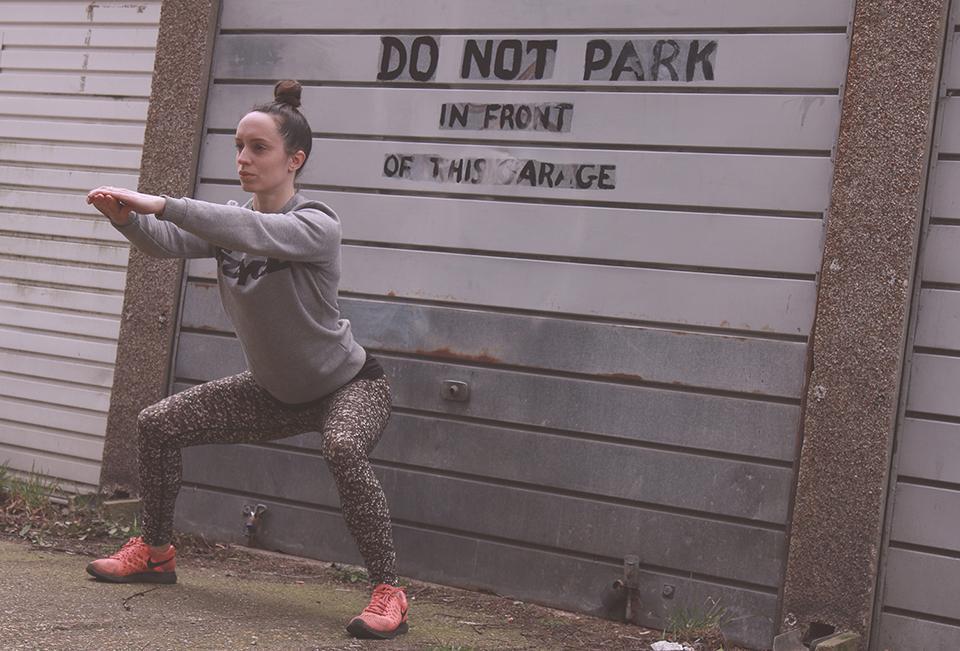 no_gym_no_problem_frankie_holah_fizzYcaL_squats-2.jpg