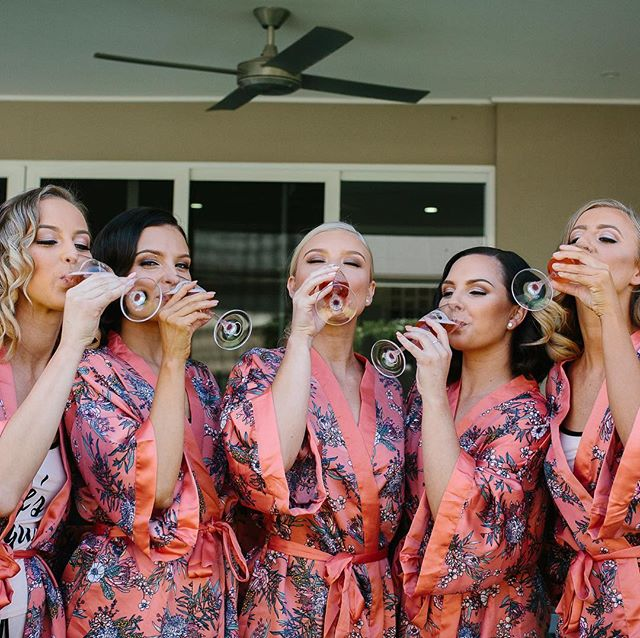 Our bride Nicole and her tribe showing us how it is done! Cheers to the weekend lovers 💕🥂 📷 @elsimpsonphotography ✨ . . . #friyay #weekendvibes #wedding