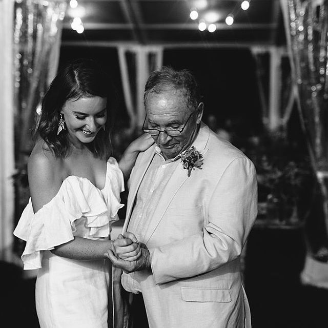 Father & daughter dance between Julia and her father 😍 It was such a magical moment for these two 💕 📷 @tjudson.photos . . . . #weddingdance #futuremrs #gettinghitched #tyingtheknot #weddings