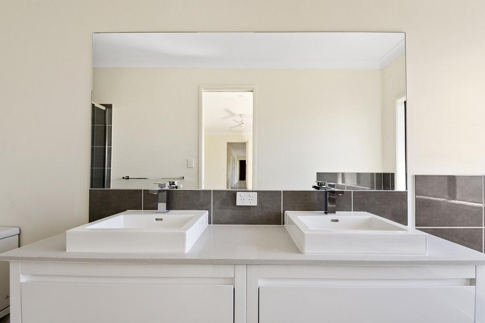 Main Bathroom Basins.jpg