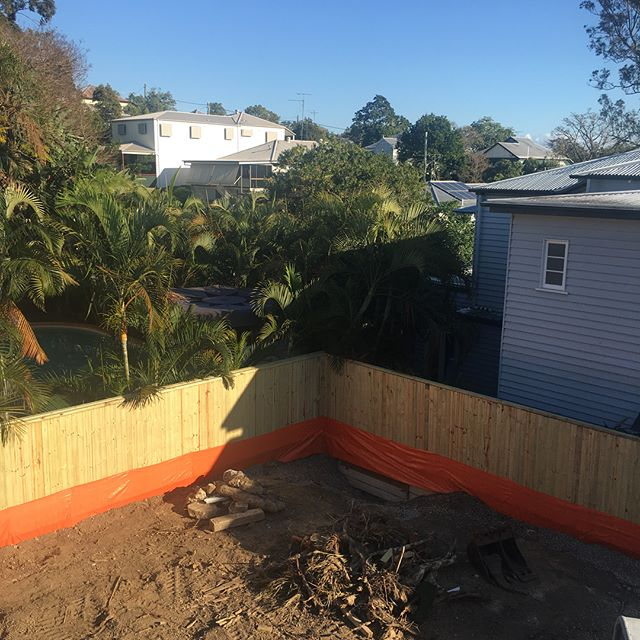 A custom 2 Storey build in Paddington is underway  Fencing ✔️ Site cut ✔️ Retaining walls commenced