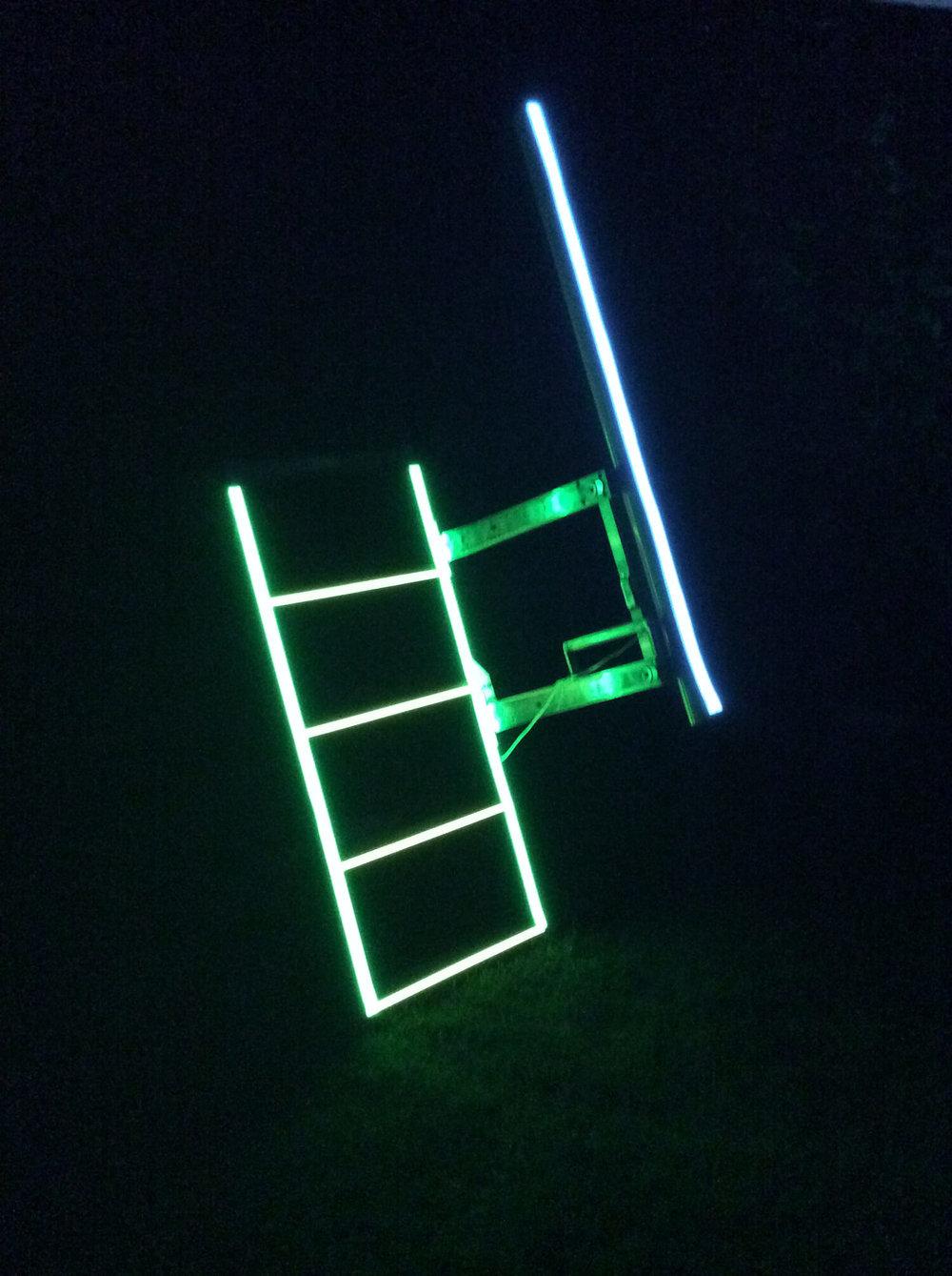 Stege med ljusband