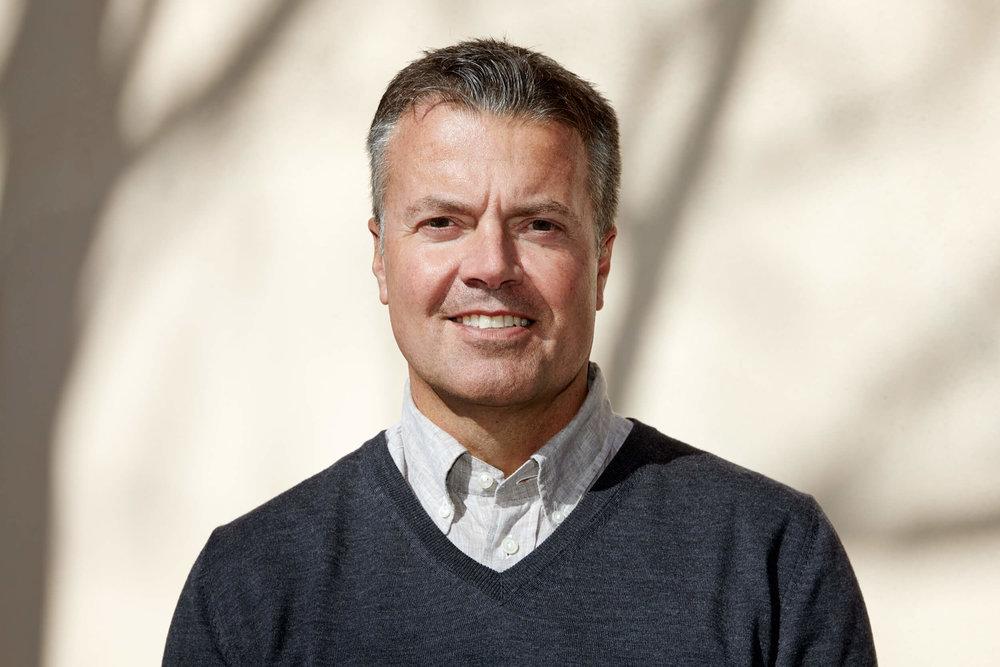 Ska vi träffas? - Anders Myrbäck är vår VD och vill gärna träffa dig som är intresserad av och kvalificerad för den här positionen.