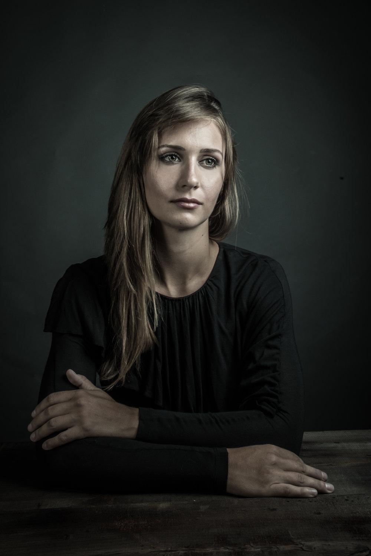 Lauren-3.jpg