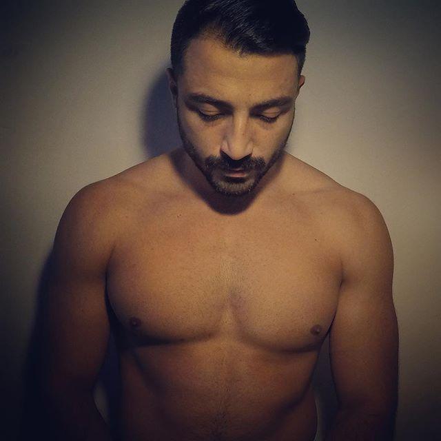 Christmas Blues . . . . . . . #mustache #menstyle #beardedvillains #moustache #mugshot #tagblender #mirror #selfietime #justme #pognophile #wednesday #hunk #picoftheday #borntobeard #gangster #iphonesia #beardedmen #scruff #bulkingseason #instagay #instagood #instagoodmyphoto #followme #homens_barbudos #barbudo #bestoftheday #strong #moustachelove #thenexttopgay