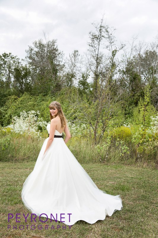 rustic bridal at Double Creek Crossing college station texas wedding peyronet photography epoch co