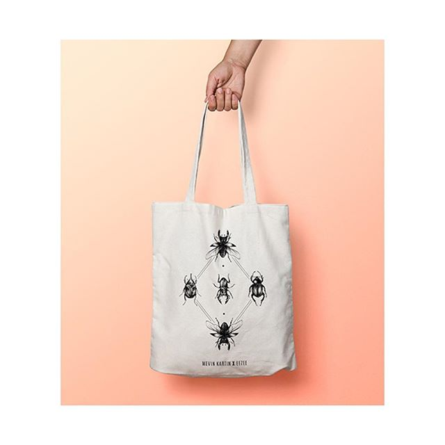 ✨✨ New tote bags pour @eezeeswiss  Si intéressé : www.eezee.ch • • • #totebag #totebags #bags #bag #insects #scarab #insect #taxidermy #illustration #draw #drawing #eezee #mevinkartin #geometric #beetles