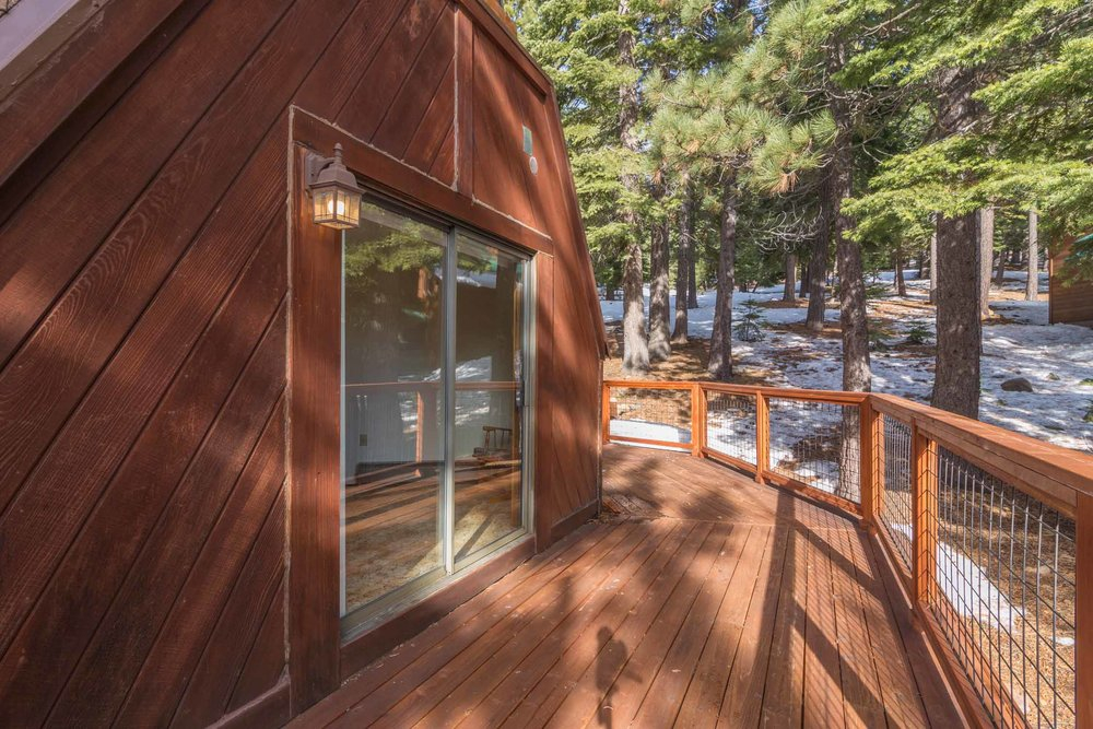 12784 Falcon Point Place_ Tahoe Donner_ Truckee_ CA 96161 (20).jpg