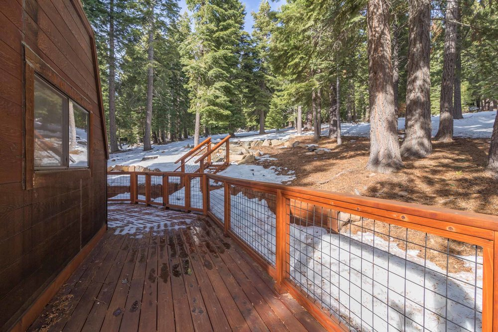 12784 Falcon Point Place_ Tahoe Donner_ Truckee_ CA 96161 (23).jpg
