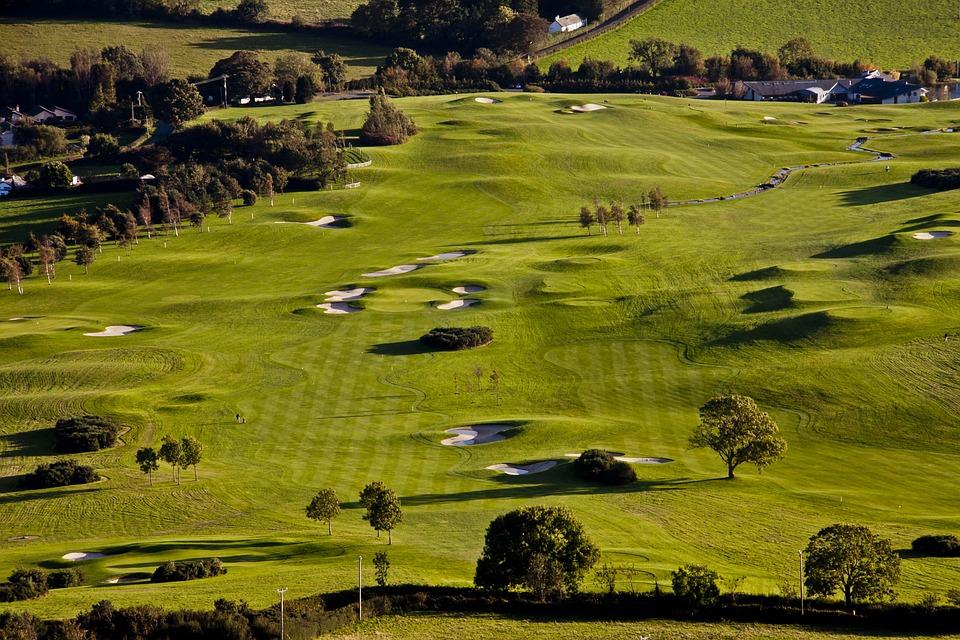 golf-course-1103359_960_720.jpg