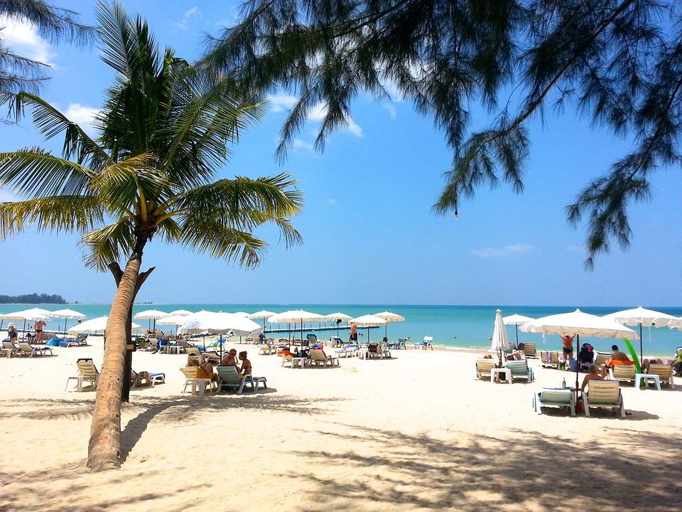 beach-261574_960_720.jpg