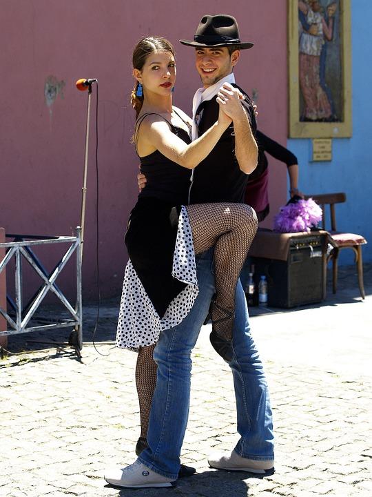 tango-51627_960_720.jpg