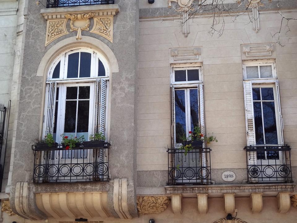 facade-949203_960_720.jpg