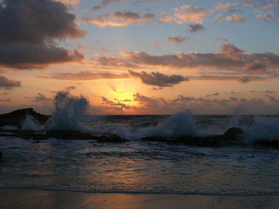 sunrise-69614_960_720.jpg
