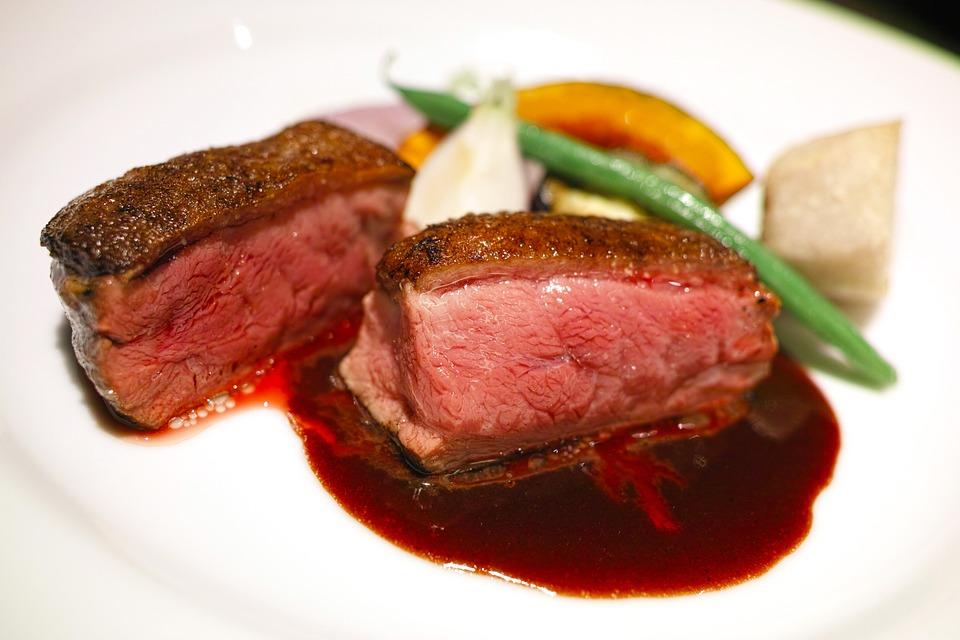 restaurant-1820333_960_720.jpg