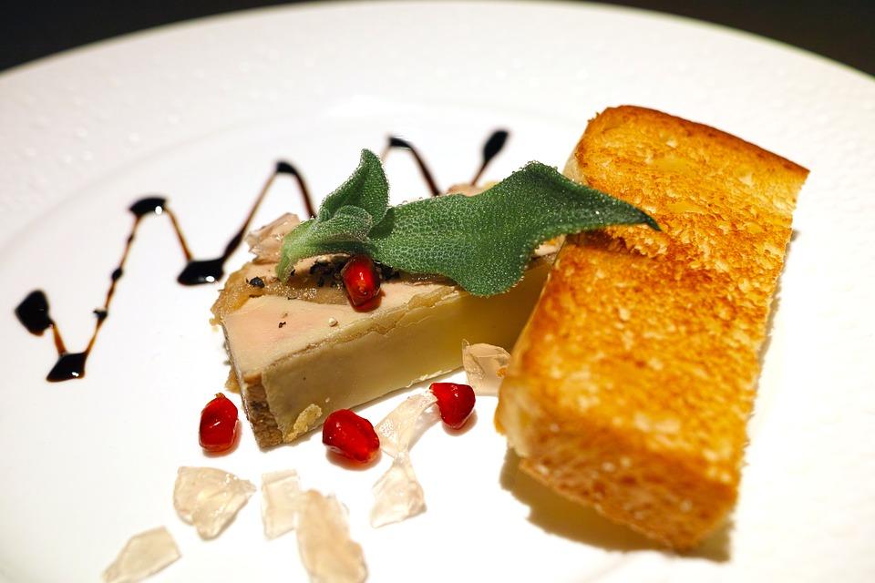 restaurant-1819024_960_720.jpg