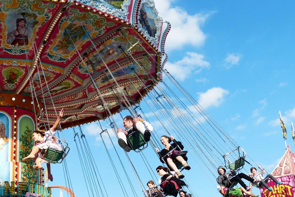 chain-carousel-1689985_960_720.jpg