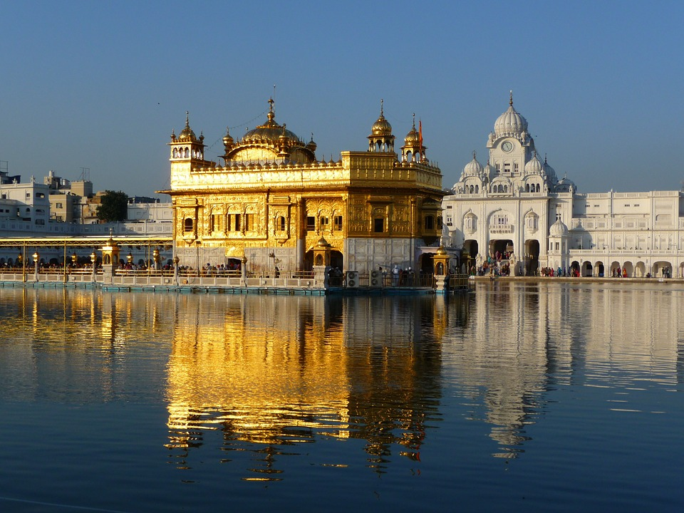 golden-temple-397886_960_720.jpg